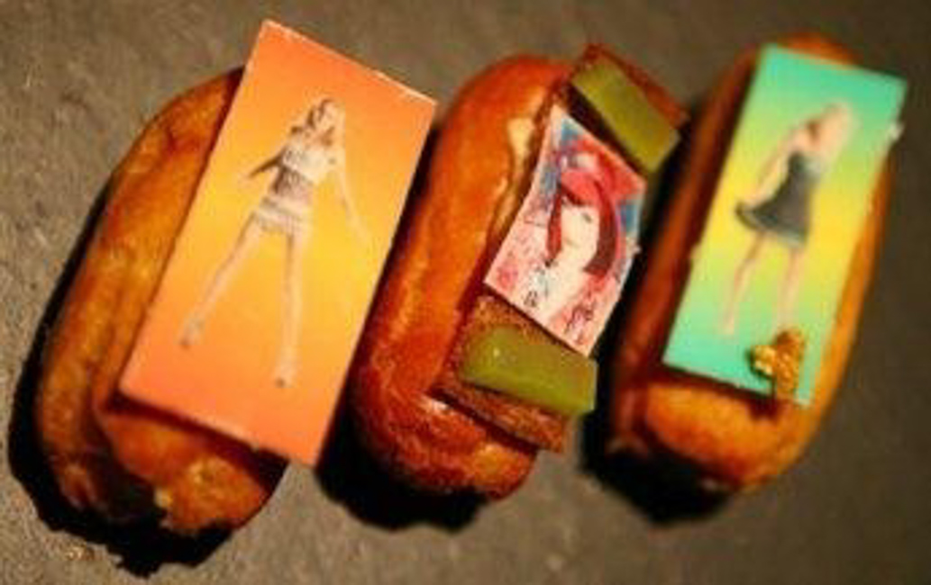 From Ready to Wear to Ready to Eat: Zandra Rhodes' fashion éclairs